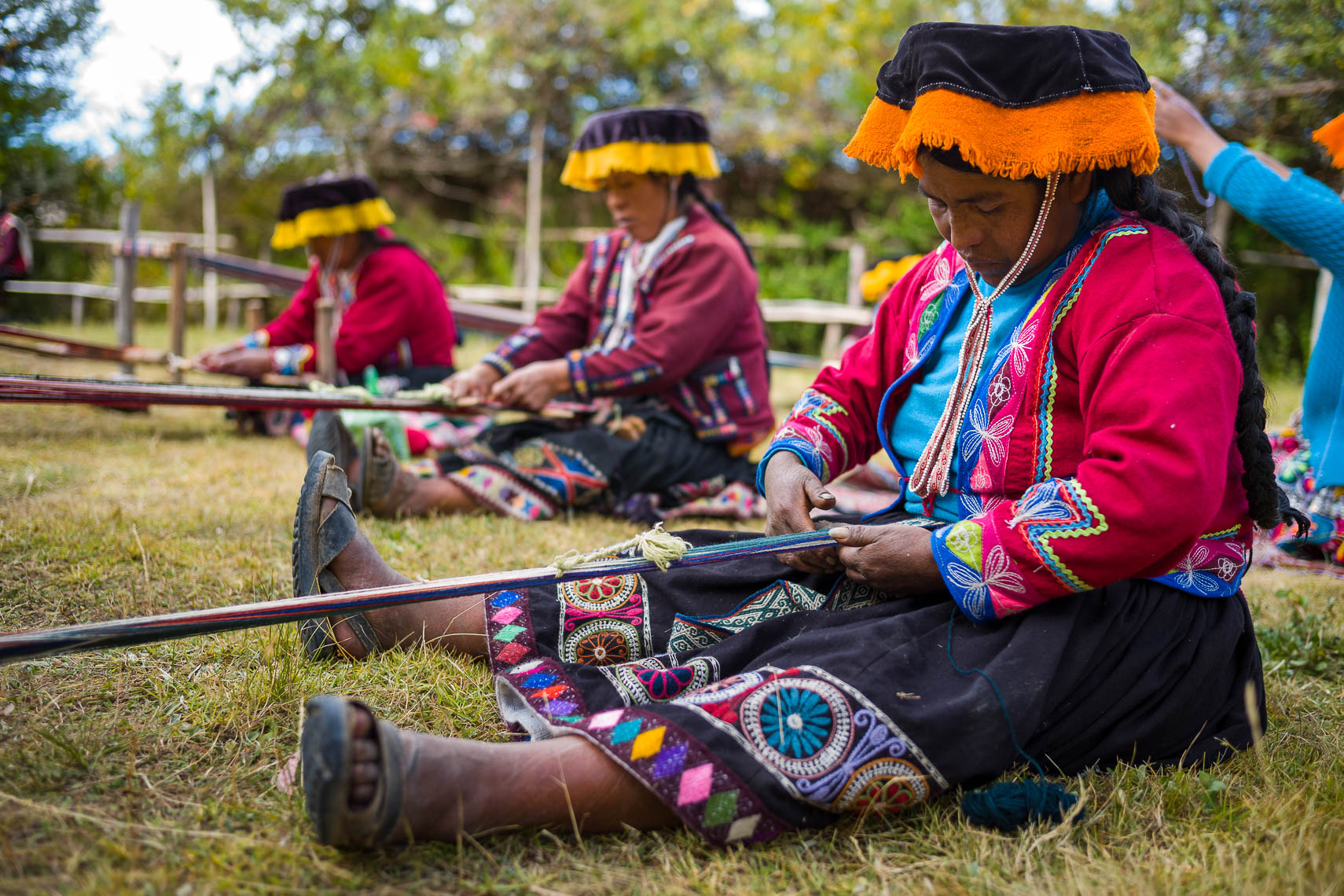 Amaru Women Weaving Together